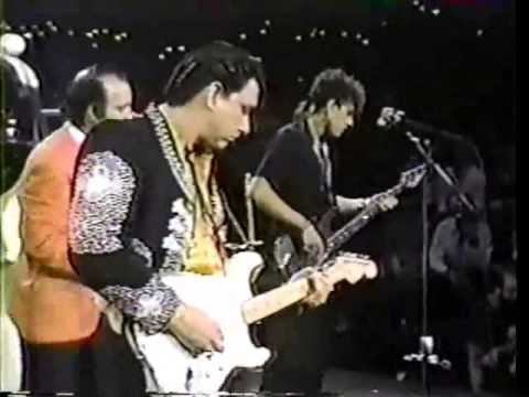 The Fabulous Thunderbirds - Look At That