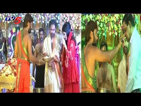 Ayyappa Padi Pooja In BJP Leader Kishan Reddy's Home | Hyderabad | TV5 News