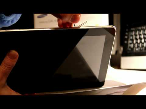 Extraer tarjeta SIM. Tablet Samsung Galaxy Tab 10.1.