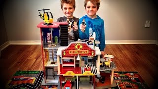 Fire Station Deluxe Toy by KidKraft.