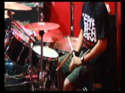 Andyan Gorust deadsquad - Blast Beat And Friends video