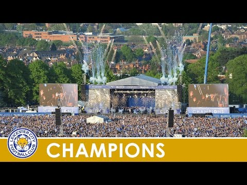 CHAMPIONS PARADE | Claudio Ranieri On Stage At Victoria Park