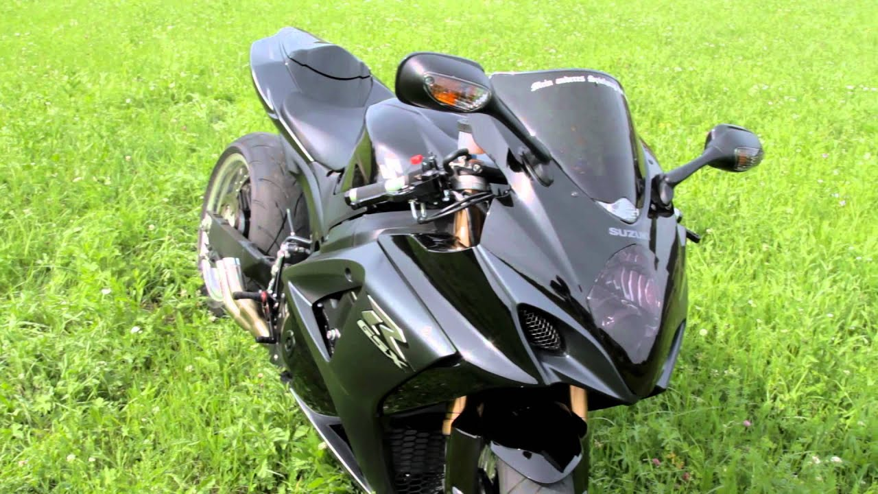suzuki gsxr 1000 youtube. Black Bedroom Furniture Sets. Home Design Ideas