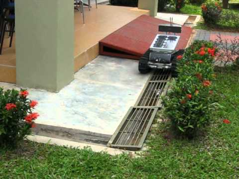 Outdoor Rough Terrain Robot.AVI