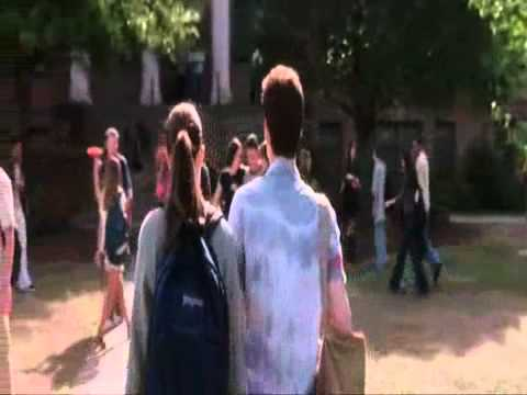 A walk to remember - I look to you (Most romantic scenes)