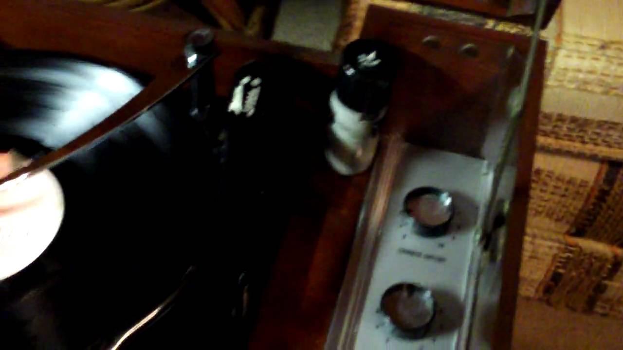 Zenith Cobramatic Model Hf 16 Record Player Phonograph