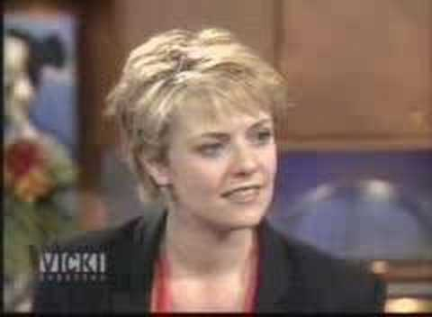 Amanda Tapping on Vicki Gabereau Video