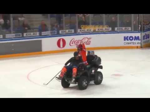 Эффектный буллит под песню ГРИБЫ- Тает лёд.  Лучший буллит в хоккее