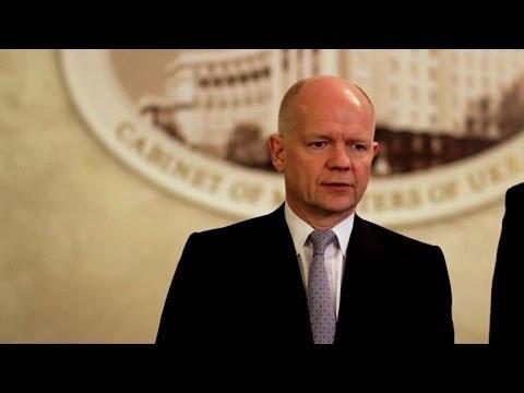 EU ministers seek joint response on Ukraine at crisis talks