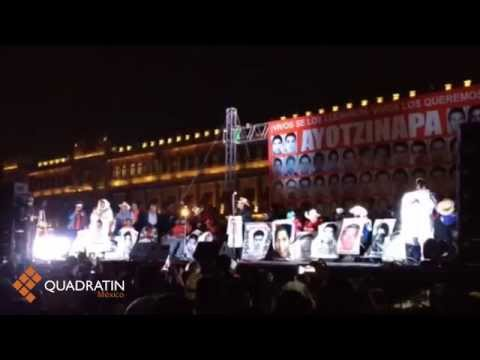 Abarrotan el Zócalo por Ayotzinapa