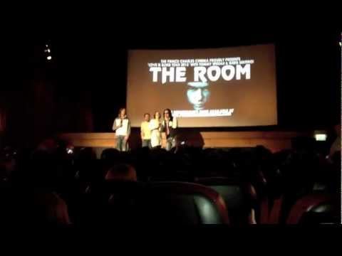 Live Q&A With Tommy Wiseau - The Room (HD)