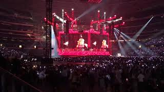 Download Lagu Sugarland - Babe at Taylor Swift's final concert of her Reputation Tour on Oct 5th, 2018 Gratis STAFABAND