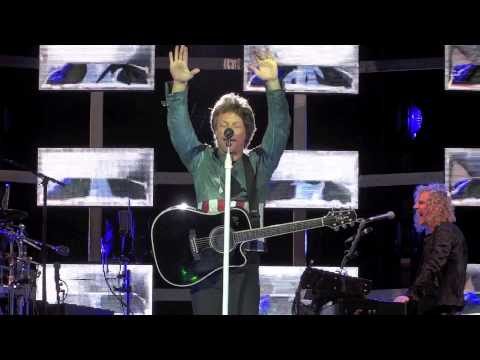 BON JOVI - Intro/That's What The Water Made Me (Vienna 17.5.2013)