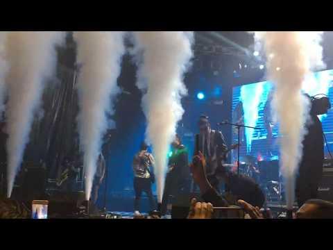 Plastilina Mosh - Mr P Mosh (en vivo)