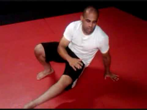 Team Marcelo Pereira Brazilian Jiu Jitsu - Hip Rotation Drill and Execution Image 1