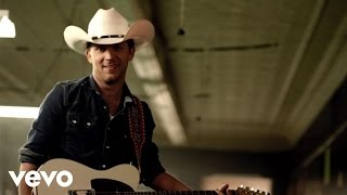 Watch Justin Moore Point At You video