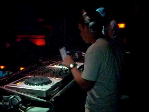 DJ ROBSON MOUSE E DJ VITOR SANTOS QUEBRANDO TUDO NA DANGER CLUB