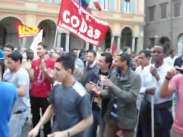 Lavoratori cooperative polo logistico di Piacenza. Protesta e corteo in citta