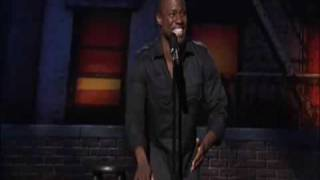 Kevin Hart makes fun of rapper