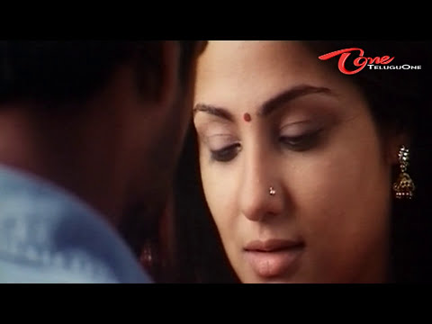 Lip Lock Kissing Scene Between Vikram And Priyanka video