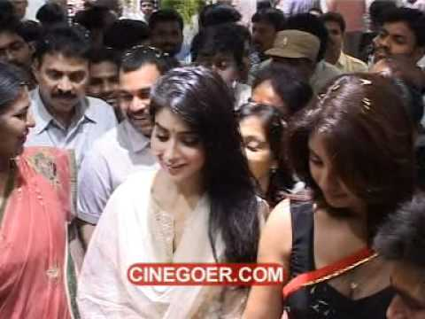 Shriya Saran, Richa Gangopadhyay Open Kalamandir Shopping Mall