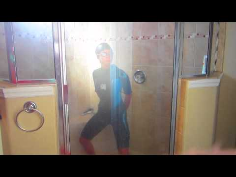 Girls In Shower Do Harlem Shake video