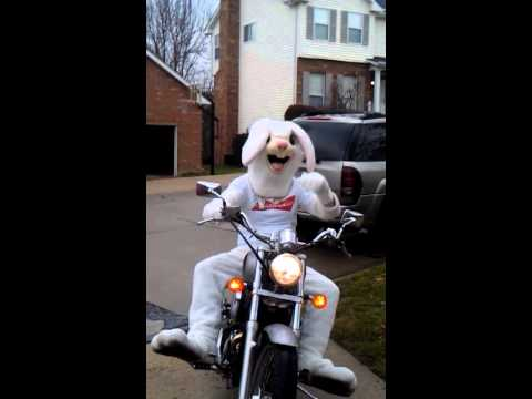 Easter bunny ridin