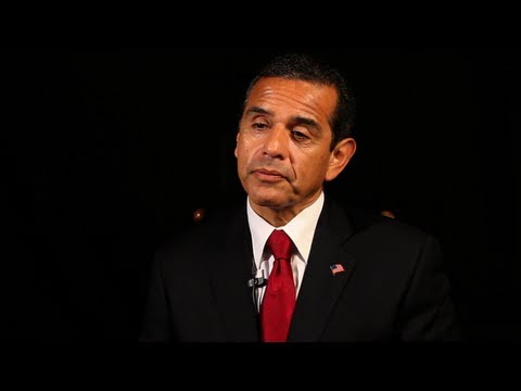 Los Angeles Mayor Villaraigosa Supports the American Jobs Act