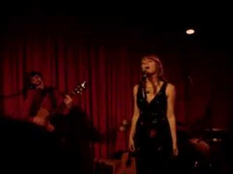 Rilo Kiley - With Arms Outstretched - Hotel Cafe 1/29/06