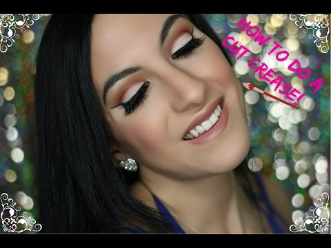 How To Do A Cut Crease Makeup Tutorial