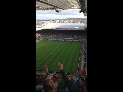 Manchester City vs Newcastle United 2014/15 | City fans sing Blue Moon!