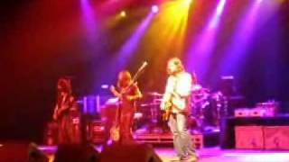 Watch Black Crowes Shapes Of Things video