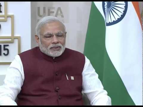 PM Modi meets President of Russia Vladimir Putin