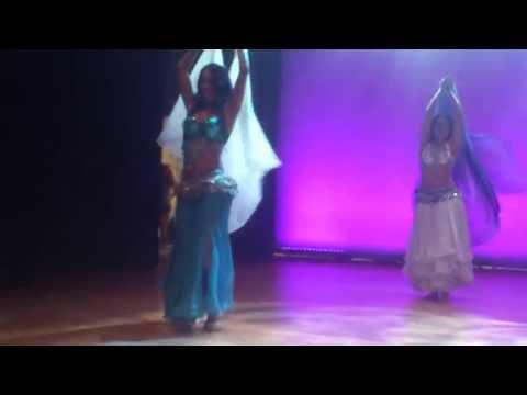 coreografia danza del vientre con velo