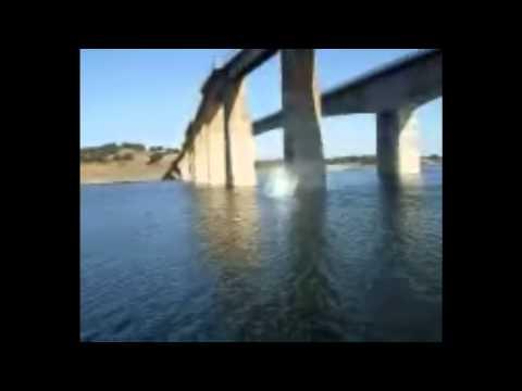 download lagu Salto 25 Metros Puente gratis