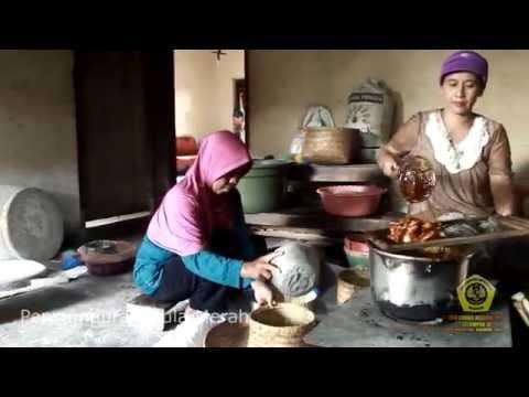 KKN UNMER MADIUN 2016 - Kelompok 1B - Home Industry Gula Tebu & Kue Manco Desa Tambakmas