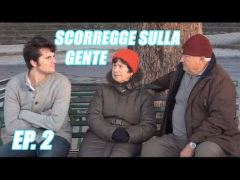 SCORREGGE SULLA GENTE: A NAPOLI [FRANK MATANO]