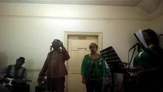 Shari martin-Rafiki pesa live.Shari martin and paula kings caught live in a practise room.