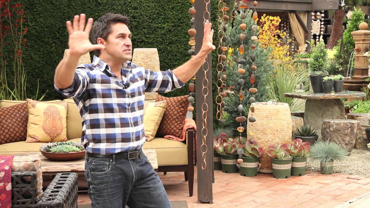 Vertical gardening with jamie durie youtube for Jamie durie garden designs