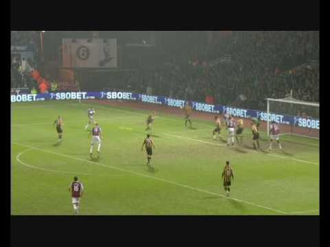 Carlton Cole - West Ham United Video