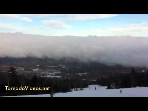 Extreme wave cloud video in Killington, VT - a sign of winter!  FINALLY!