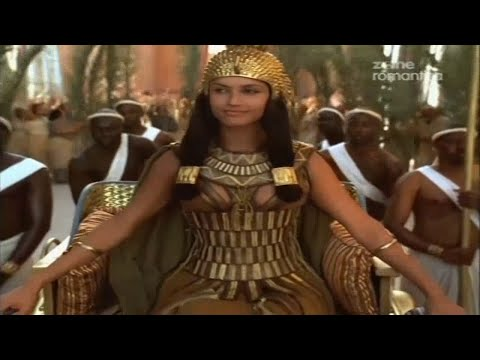 cleopatra summary Cleopatra: a life by stacy schiff cleopatra's alexandria, in contrast, was a city of dazzling luxury, beauty and culture of broad, well-shaded avenues.