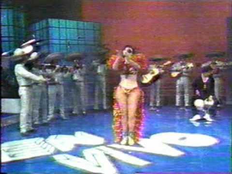 """Lyn May en el programa """"En Vivo"""" con Ricardo Rocha"""