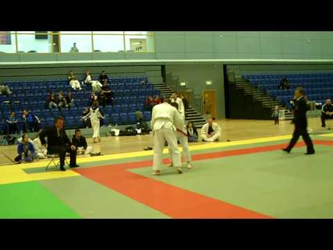 All Ireland University Judo Championships 2010 Mens Open Enda Hackett vs John Deenihan.AVI