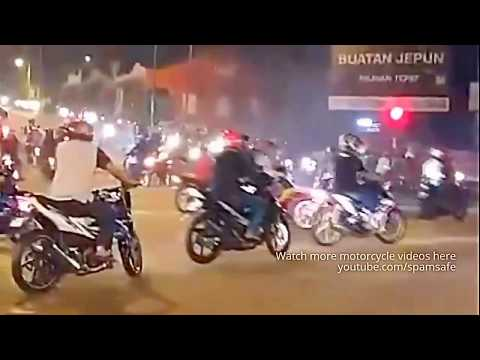 Sufian Suhaimi Dimatamu (Cover Video Drag Race Crush)