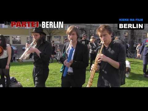 Trauermarsch.Danke.Volksbühne.Berlin ... Die PARTEI war mit dabei!