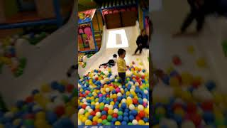 Khánh táo đi khu vui chơi trẻ em(4)
