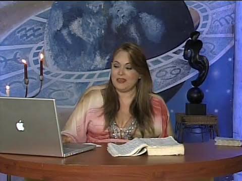 Predicciones 2011 para el mundo (Planetas Transpersonales Urano-Neptuno) con Adriana Azzi, Parte 2