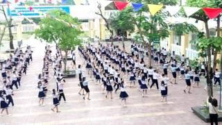 TH Nguyễn Nghiêm, TP Quảng Ngãi nhảy cha cha cha