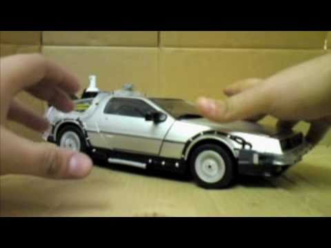 BTTF Part II 1/15 Diamond Select DeLorean Toy Review